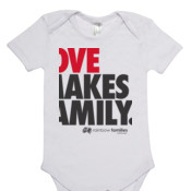 Organic baby suit 'LOVE MAKES A FAMILY'
